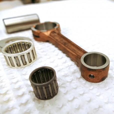 Einbau eines Pleuelkits für Einzylinder Motor